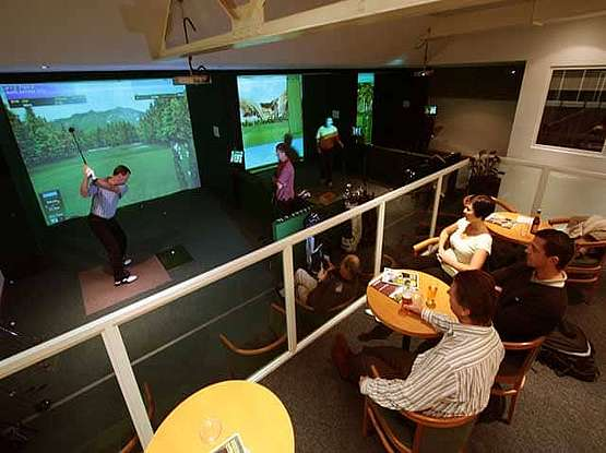 C19 Indoor Golf